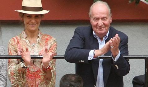 Juan Carlos ha acudido a la corrida de Enrique Ponce y ...